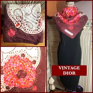 VINTAGE CHRISTIAN DIOR (c. 1970s-early 80's) Scarf